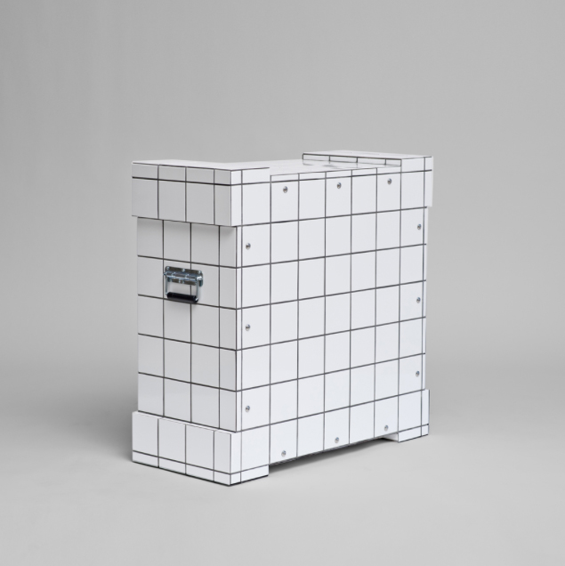 3_Sebastien_de_Ganay_White_Tile_Transport_Crate.jpg